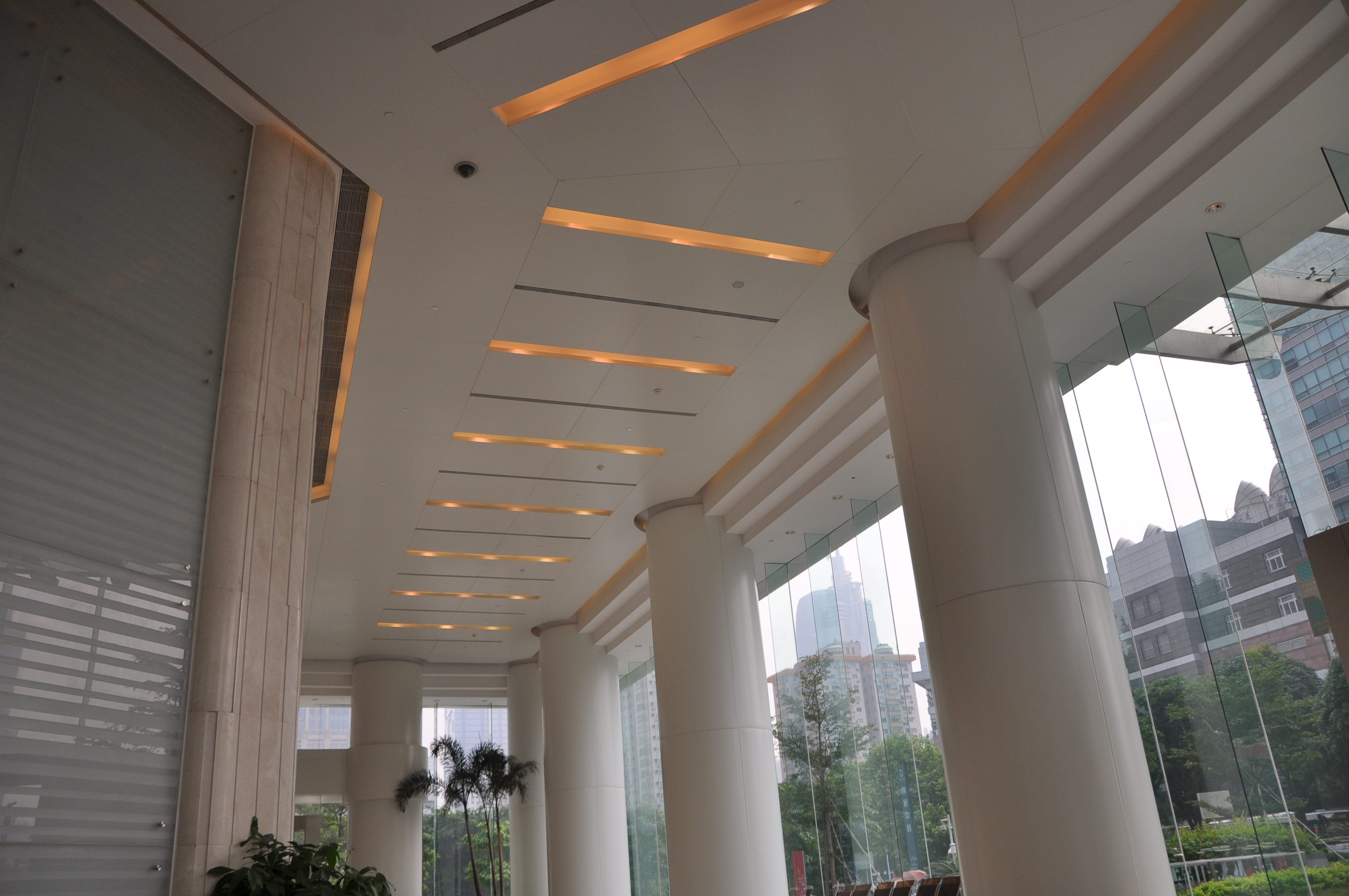 Aluminum ceiling is suitable as the main material in ceiling decoration